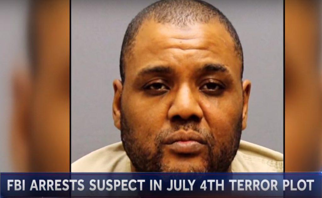 นาย Demetrius Nathaniel Pitts ซึ่งมีอีกชื่อหนึ่งคือนาย Abdur Raheem Rafeeq อายุ 48 ปี สัญชาติสหรัฐฯ