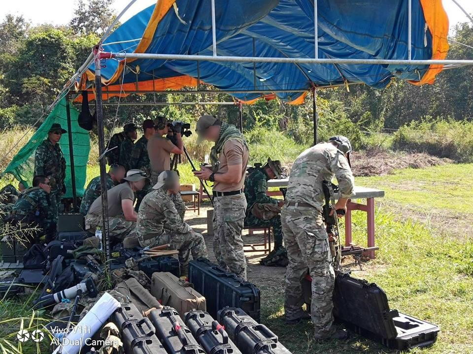 การฝึกการใช้อาวุธประเภทต่างๆ อาวุธประจำกาย(M16A4) ปืนซุ่มยิง(SIG), การปฏิบัติการพิเศษ
