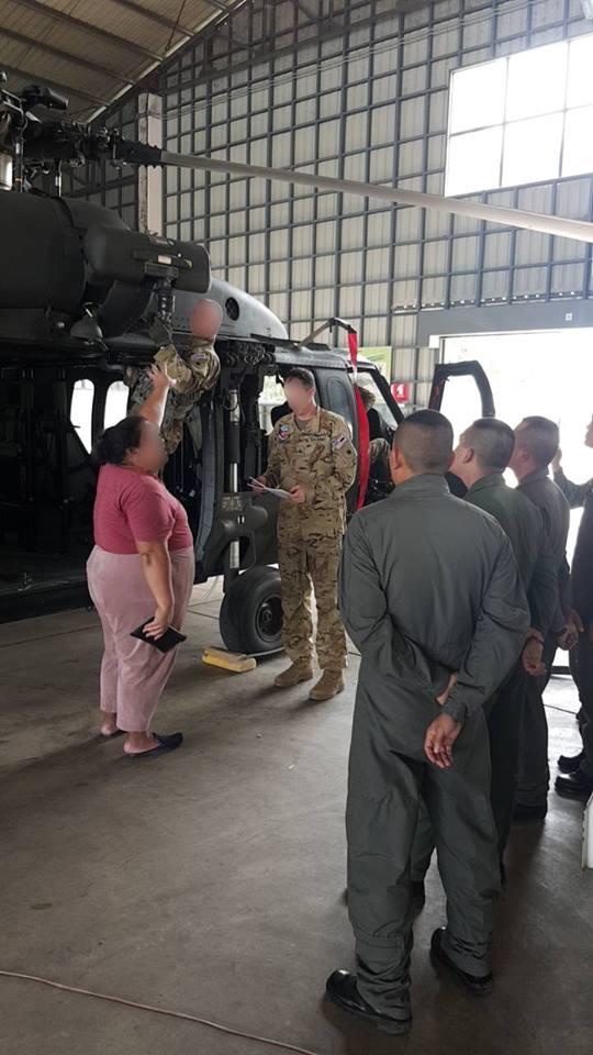 เฮลิคอปเตอร์แบล็คฮอค UH-60 สนับสนุนการฝึก CG19