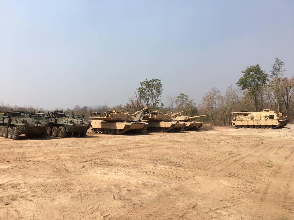 รถถังหลัก M1A1 มาคู่กับ ยานรบ Stryker
